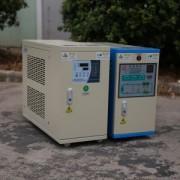 吹瓶机专用控温机_ 反应釜温度控制机_ 辊筒油加热器